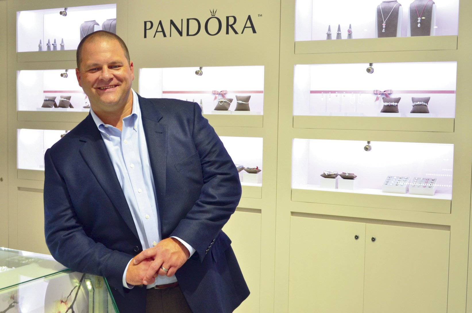 SOLD OUT: Newsmaker Breakfast: Scott Burger, PANDORA, President of the  Americas – May 2017
